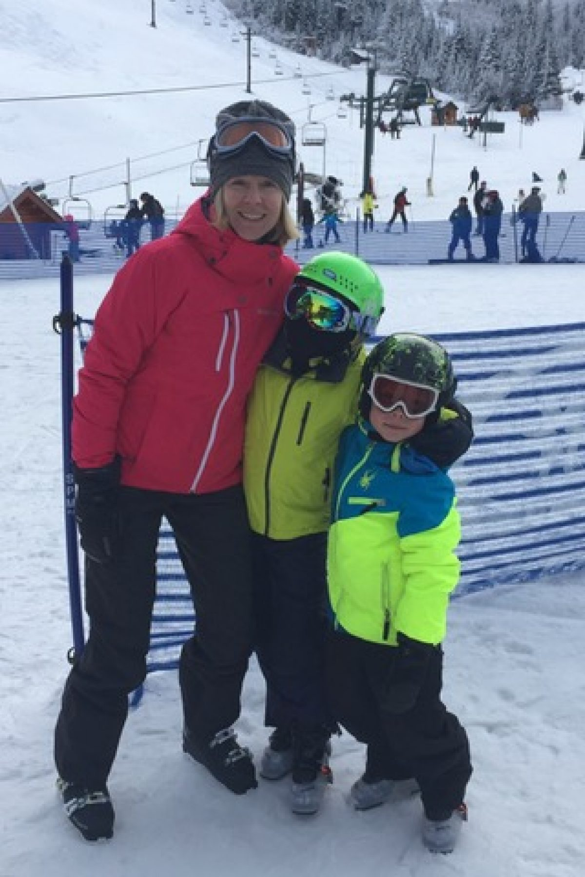 Mme Bryson Skiing Family